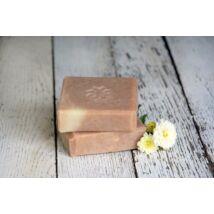 Napvirág doboz - választott termék: Natúr szappan -Kókusz, kókusztejjel és vanilia illóolajjal 120g