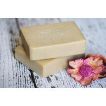 Napvirág doboz - választott termék: Natúr szappan -Karité Kincse, shea vajjal és organikus ylang-ylang illóolajjal 120g